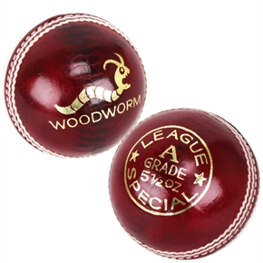 6 x Woodworm League 5 1/2oz Cricket Balls RED